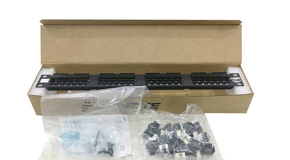 Patch panel Commscope Cat5e 24 Port 760237040