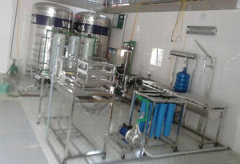 Mở cơ sở sản xuất nước tinh khiết đóng bình, đóng chai