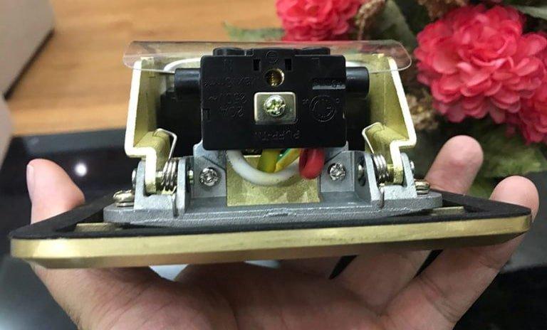 Ổ cắm điện âm sàn SPU-1B chính hãng