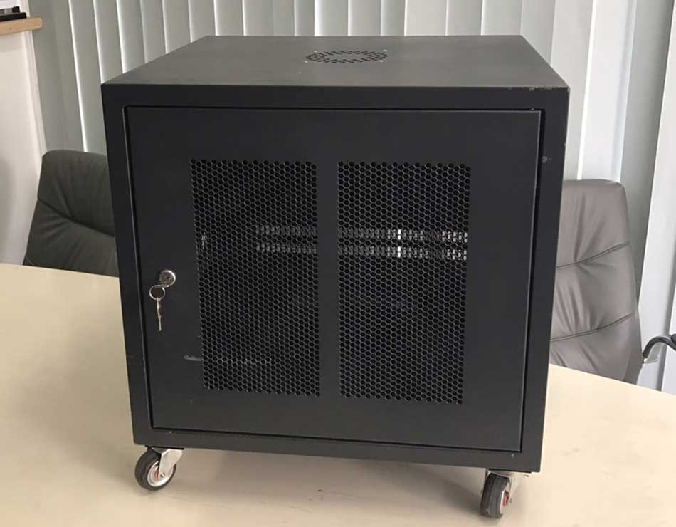 Tủ Rack 10U-D600 - Tủ mạng 10U sâu 600