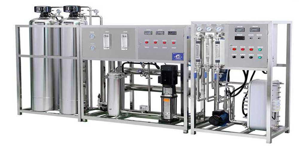 Dây chuyền lọc nước R.O công suất 3000 Lít/giờ dùng trong ngành dược phẩm