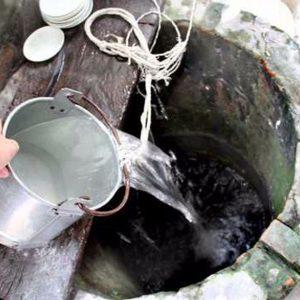 Phương pháp tự lọc nước thủ công đơn giản tại nhà