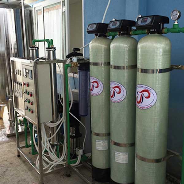 Hệ thống lọc nước tinh khiết RO 2 cấp công suất 1500 lít/giờ
