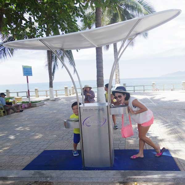 Tìm hiểu về máy uống nước công cộng