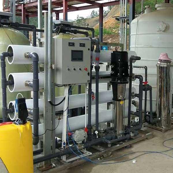 Hệ thống xử lý nước DI công suất 2500 lít/giờ